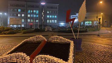 """Błyskawice """"Strajku kobiet"""" na rondach w Wodzisławiu. Widzieliście?"""