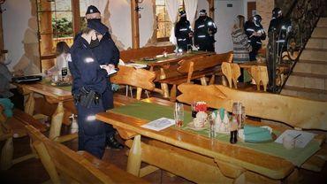 """Sanepid i policja przerwali przyjęcie w restauracji. """"Ilość funkcjonariuszy szokująca"""""""