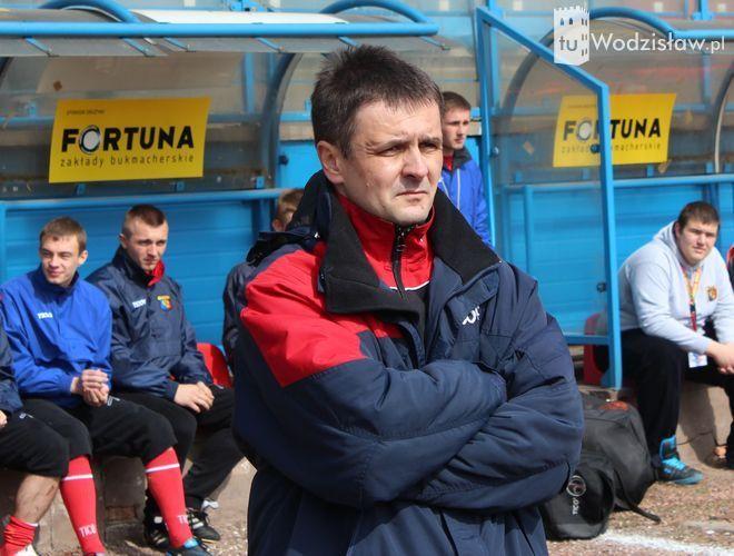 Trener Tomasz Babuchowski miał w Łaziskach wiele powodów do zmartwień