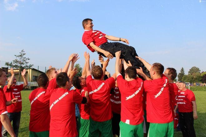 W minionym sezonie piłkarze z Turzy Ślaskiej świętowali historyczny awans do ligi okręgowej