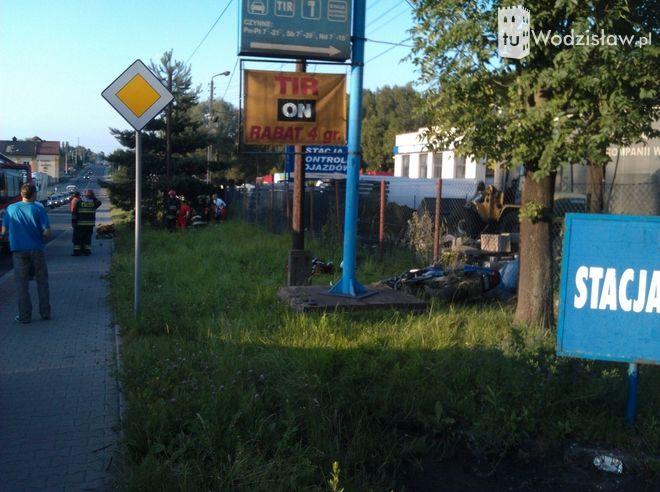Poważny wypadek w Radlinie. Ciężarówka zderzyła się z motocyklem (zdjęcia), Maciej Smusz