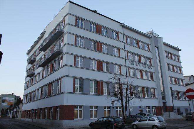 Budynek byłych koncentratów - po remoncie jest nie do poznania.