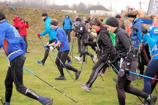 W zawodach biegowych ''Regatta Cross na Dzień Kobiet'' wzięło udział 152 zawodników