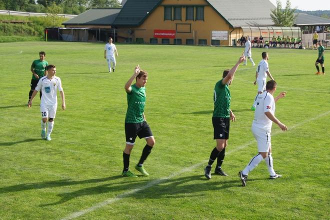 Unia Turza Śląska na trzy mecze przed końcem sezonu zapewniła sobie mistrzostwo IV ligi i udział w barażach o awans