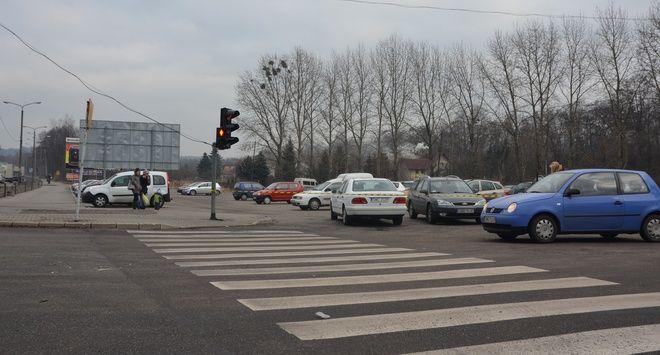 Wodzisław: zamiast centrum przesiadkowego powstanie stacja paliw?, ig