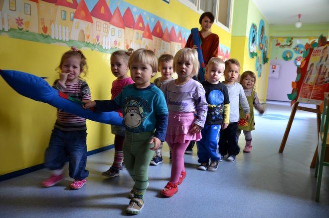 Dzieci dobrze czują się  przedszkolu, wykazują naturalną ciekawość świata, eksperymentowania, odkrywania i komunikowania się z otoczeniem