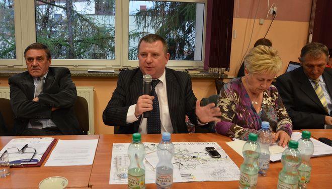 Radny Adam Króliczek na sesję Rady Miasta zaprosił mieszkańców dzielnicy Radlin II