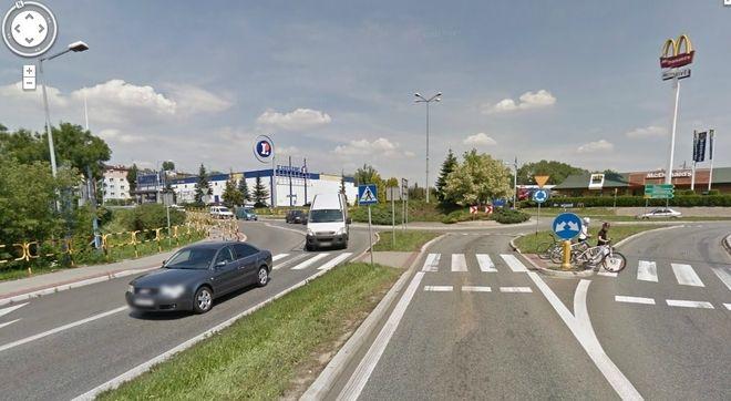 Dzięki funkcji Google Street View można przejść się wirtualnie po tak reprezentacyjnych miejscach. Tu Wodzisław