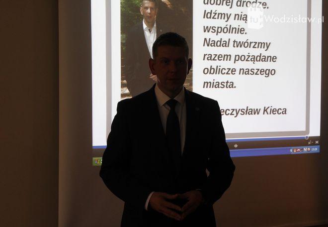 Wybory: Mieczysław Kieca prezentuje swój program. Jakie ma pomysły na kolejną kadencję?, mk