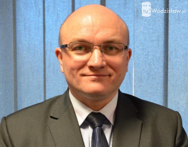 Dariusz Prus jest członkiem Zarządu Powiatu Wodzisławskiego, a wcześniej był wicestarostą powiatu