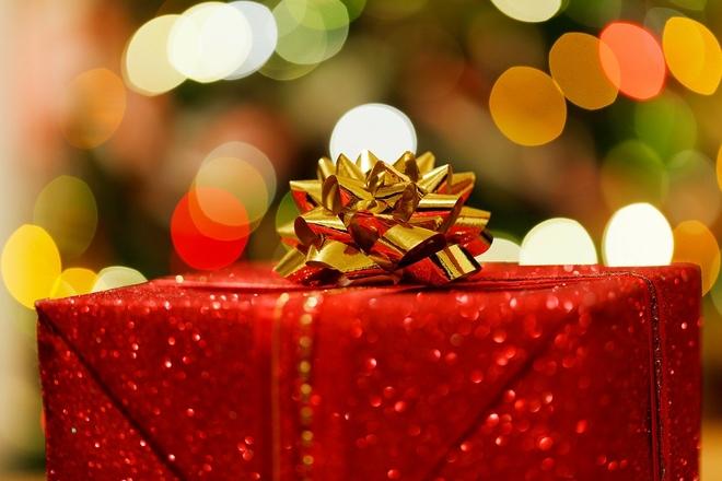 Co zrobić z nietrafionym prezentem? Urząd Ochrony Konkurencji i Konsumentów podpowiada,