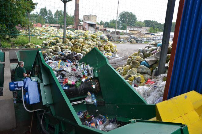 W Wodzisławiu oficjalnie otwarto nową linię sortowniczą Służb Komunalnych Miasta. Jej wartość ocenia się na 1,4 mln zł