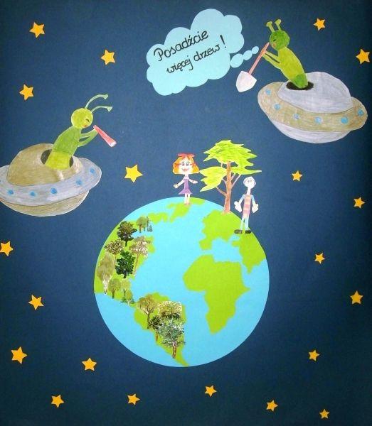 Plakat dzieci z wodzisławskiego przedszkola bierze udział w konkursie, którego nagrodą jest pkac zabaw