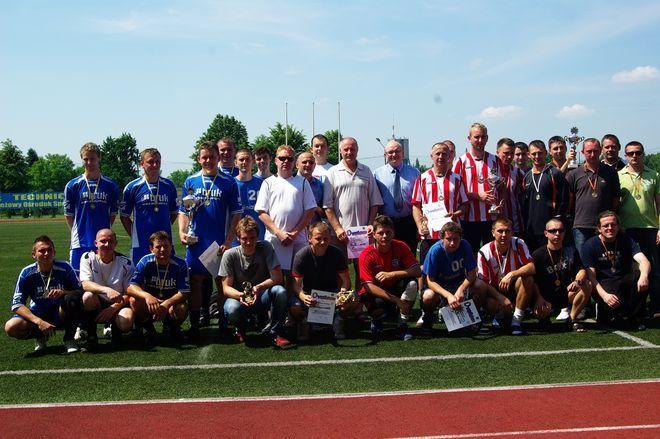 11 grup zawodowych zmierzyło się w III Turnieju Piłki Nożnej o Puchar Starosty Powiatu Wodzisławskiego