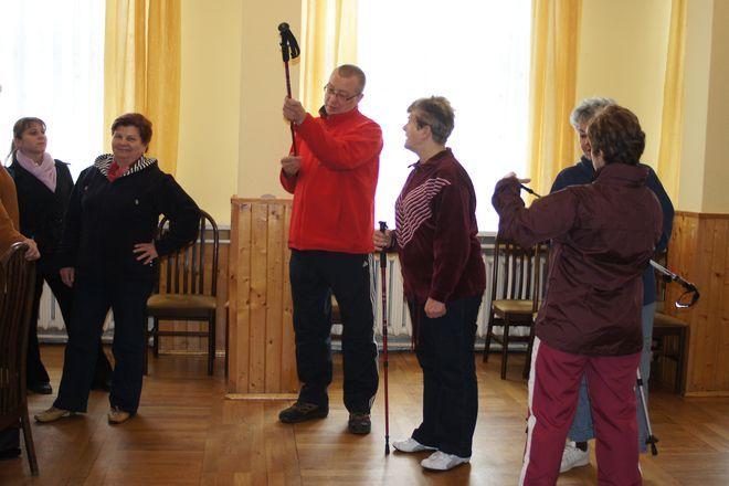 W Mszanie tworzy się grupa kijkarzy - czyli chętnych do wspólnego uprawiania nordic walkingu