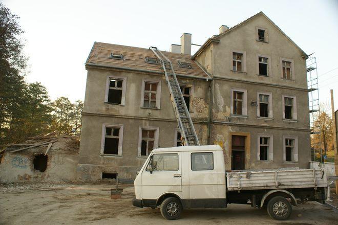 Stara szkoła dopiero w zeszłym roku została wpisana do księgi rejestru zabytków