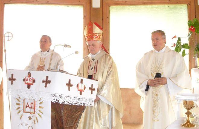 W wygłoszonej podczas mszy homilii abp. Damian Zimoń przypomniał liczne świadectwa wielkiej wiary, pokory i miłości błogosławionego Papieża - Polaka