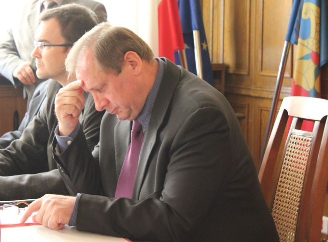 Koalicja w radzie miasta wisi na włosku