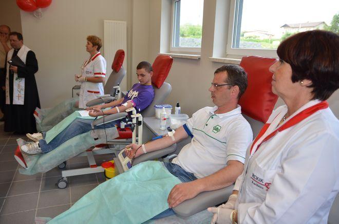 Regionalne Centrum Krwiodawstwa i Krwiolecznictwa w Rydułtowach i Raciborzu alarmują i apelują