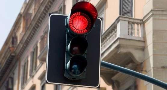 Zakończyły się już prace przy budowie nowej sygnalizacji świetlnej na przejściu dla pieszych przy ulicy 1 Maja w Mszanie