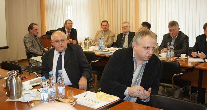 Inżynierem kontraktu tej inwestycji będzie Piotr Kowol, pracownik urzędu gminy odpowiedzialny za przetargi