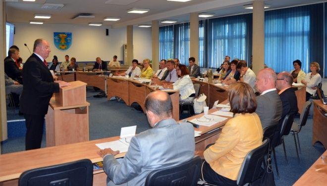 Powiatowi radni jednogłośnie zdecydowali o udzieleniu Zarządowi Powiatu Wodzisławskiego absolutorium
