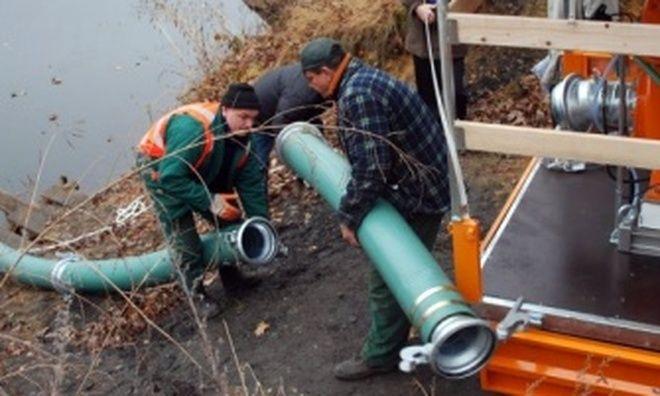 Od lat trwa już walka mieszkańców Wodzisławia z żywiołem. Zbiornik Sakandrzok systematycznie nabiera wody i zalewa okoliczne domostwa