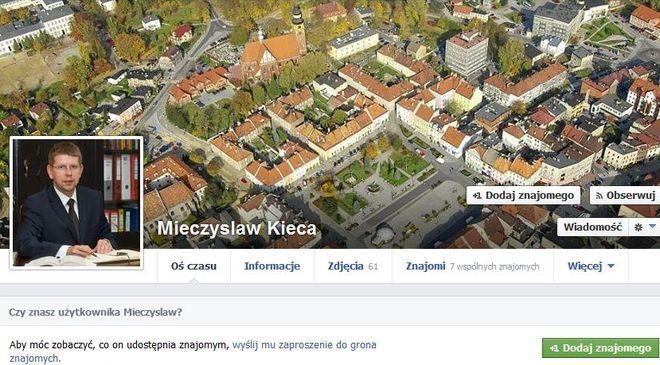 Za wzór facebookowej komunikacji w naszym powiecie niewątpliwie może posłużyć przykład prezydenta Mieczysława Kiecy.