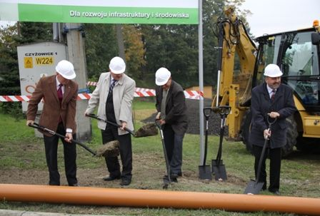 Budowa kanalizacji ruszyła w październiku.