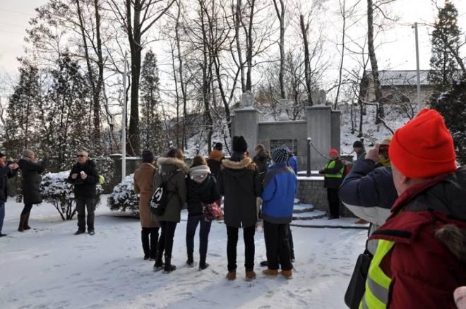 Gimnazjaliści z ZS2 wzięli udział w V Rajdzie Śladami Marszu Śmierci , materiały prasowe ZS 2