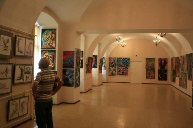 Wyjątkowa wystawa prac ojca i córki w muzeum, materiały prasowe UM Wodzisław Śląski
