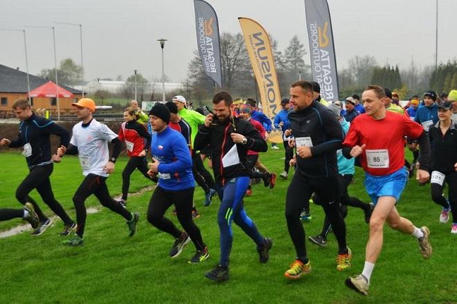 Ponad 140 zawodników pobiegło w II Biegu Wielkanocnym, organizator