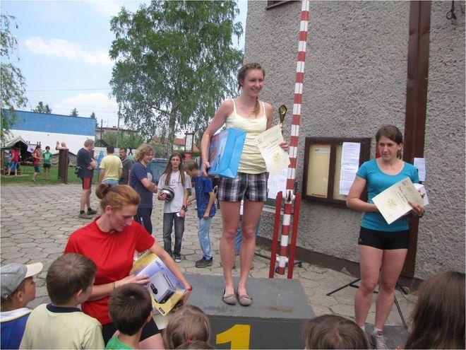 Dominika Bielecka na najwyższym stopniu podium 18. EKO Biegu w Radlinie