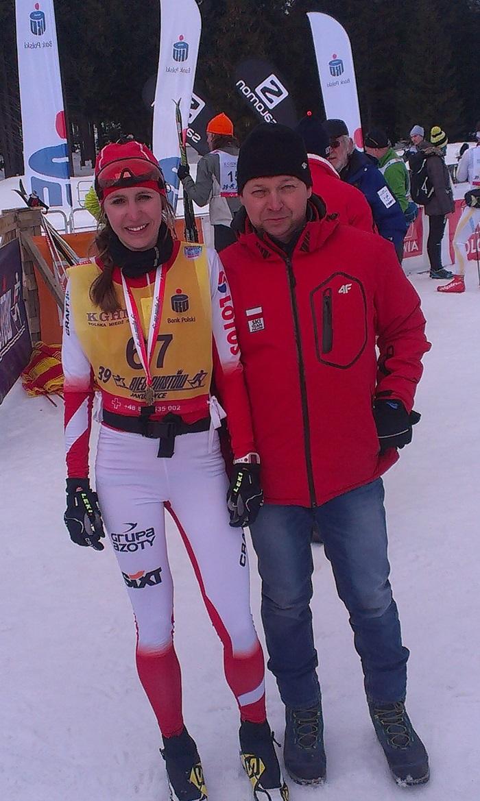 http://www.tuwodzislaw.pl/pliki/v2/sport/biegi_zimowe/bielecka_2015_mistrzyni.jpg