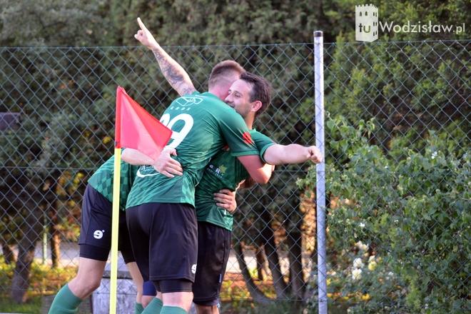 Unia Turza Śląska w meczu sparingowym pokonała Naprzód Rydułtowy aż 6:0. W składzie Unii wystąpili testowani zawodnicy