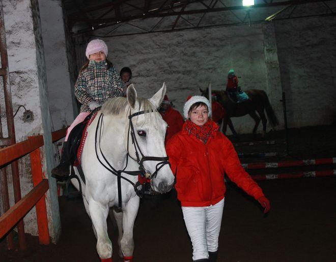 Dzieci mogły uczyć się jazdy konnej