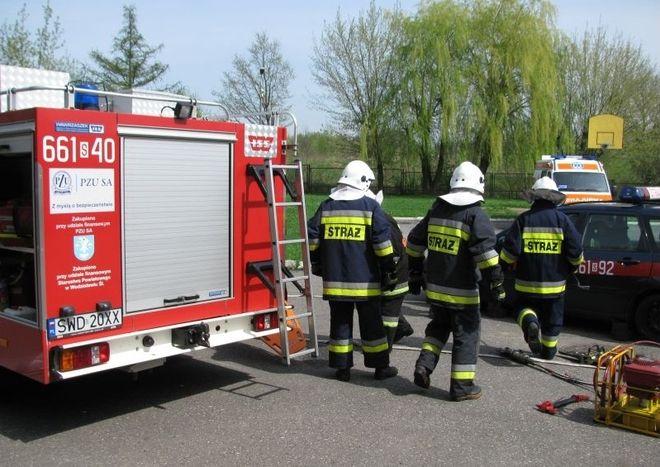Pożar w lokalu gastronomicznym. 19-latek trafił do szpitala, Archiwum
